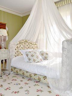 Chambres de princesse, lit à baldaquin, lieu original, atypique, fille, belle décoration,bien dormir