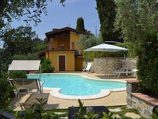 3 bedroom Villa with Pool, Air Con and WiFi - 5651384