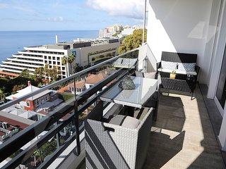 Monumental Apartment III