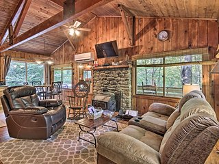 Secluded Stanardsville Cabin w/View & Hot Tub