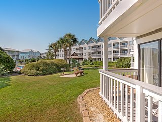 Ground-floor, waterfront condo w/ shared pools, hot tub & more - beach nearby!