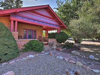 Southwestern Kanab Cottage w/ Patio & Views!