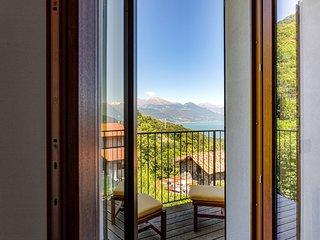 New listing! Serene getaway w/ amazing views, balcony & free WiFi!
