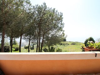 Quiet sea view villa w/ terrace & garden - enjoy the Italian island lifestyle!