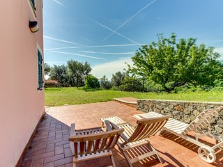 Classic Italian flat w/ large open-air patio - walking distance to the beach!