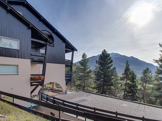 Chalet apartment w/ patio & lovely mountain views - close to skiing, town, spas!