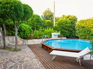 Magnificent villa w/ private pool, terrace & garden!