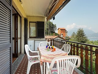 Charming apartment w/free wifi&balcony!