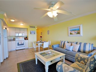 Luxurious Waterfront Condo at South Seas Resort- Bikes Included