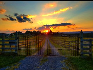 Heaven's Hill Farm & Equestrian Center