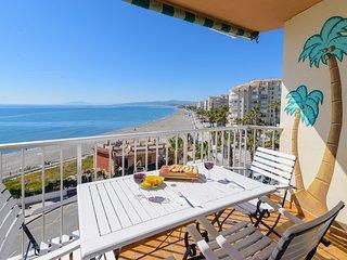 Precioso apartamento con impresionantes vistas al mar.