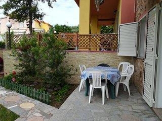 Casa Vacanza La Caldosa Appartamento (c1) Con Giardino Privato