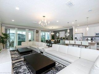 2628CA. Beautiful 10 Bedroom 8 Bath Pool Home in Sonoma Resort