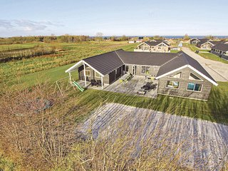 Stunning home in Nordborg w/ Sauna, WiFi and 8 Bedrooms