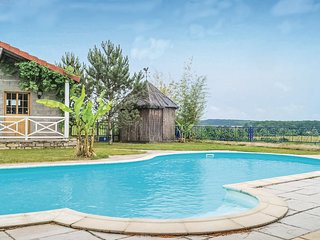 Beautiful home in Recologne les Ray w/ Outdoor swimming pool, Outdoor swimming