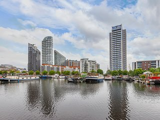 3 Bedroom Apartment With Iconic River Views