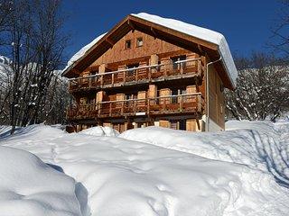 Vacances de Ski   Appartement cosy avec Accès Piscine + Kitchenette Équipée