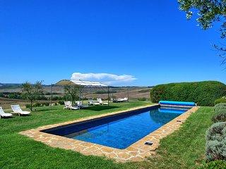 Sant'Ambrogio Villa Sleeps 14 with Pool Air Con and WiFi - 5241439
