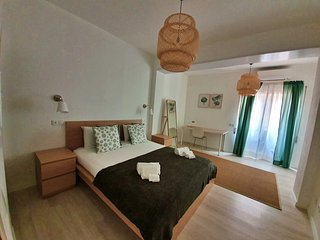 Casa Rosmaninho - 3+1 bedroom property in Lagos city centre w/ BBQ - Algarve