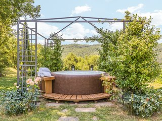 Bagno a Ripoli Villa Sleeps 10 with Pool and Air Con - 5813369
