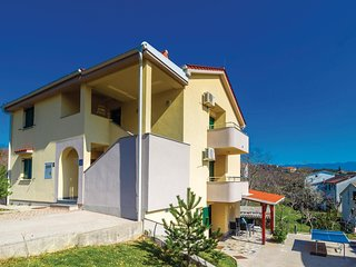Nice home in Cizici with 3 Bedrooms and WiFi (CKK555)