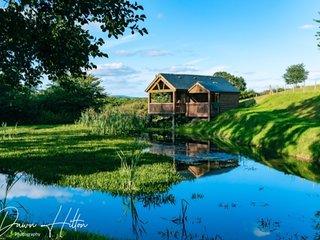 Lily Pond Lodge