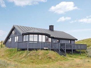Nice home in Hvide Sande w/ 3 Bedrooms