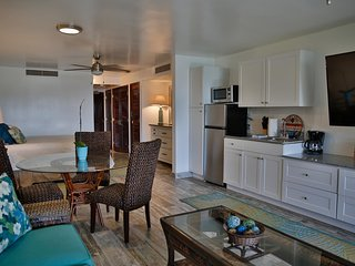 Peaceful Unit with AC Throughout on Sapphire Beach
