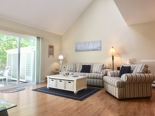 Ocean Edge Townhouse with A/C & Pool (fees apply) - HO0030