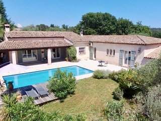 Superb Villa with swimming pool 175M2 !!!