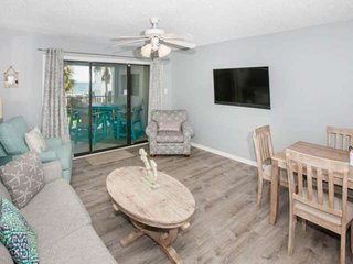 Newly remodeled and beautifully decorated | Steps to the beach, Outdoor pool, BB
