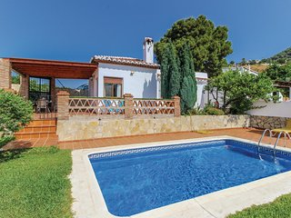 Amazing home in Frigiliana w/ WiFi, 2 Bedrooms and Outdoor swimming pool
