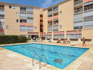 Awesome apartment in Le Grau du Roi with Outdoor swimming pool, Outdoor swimming