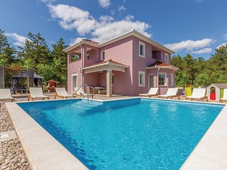 Beautiful home in Imotski w/ WiFi and 4 Bedrooms