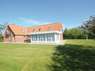 Beautiful home in Ribe w/ WiFi and 4 Bedrooms (S10330)