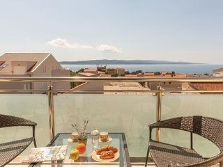 Amazing home in Baska Voda with WiFi and 2 Bedrooms (CDF891)