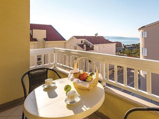 Nice home in Makarska w/ WiFi and 1 Bedrooms