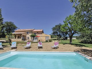 Awesome home in Malataverne w/ WiFi, Outdoor swimming pool and 4 Bedrooms (FPD29