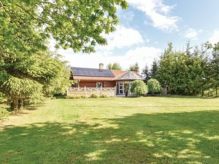 Beautiful home in Middelfart w/ WiFi and 4 Bedrooms
