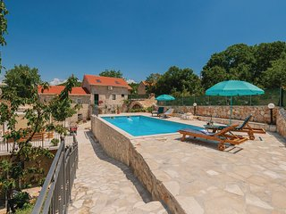 Stunning home in Runovic w/ Outdoor swimming pool, WiFi and 4 Bedrooms (CDC359)