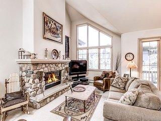 Ski-in/Ski-Out Slopeside Stunner w/ Hot Tub & River Rock Fireplace