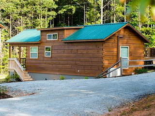 Foothill Cabins  - Tiny Cabin Rentals