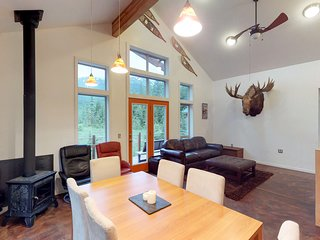 NEW LISTING! Glacier view cabin with private hot tub & room for everyone!