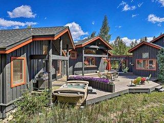 Silverthorne Home w/ Mountain Views & Hot Tub