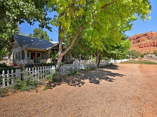 Cozy Kanab Cottage w/Patio - Walk to Main St!
