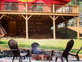 Updated Mountain Cabin Retreat in Murphy w/ Views!
