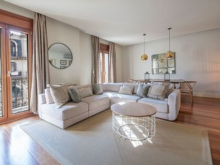 Elegant 4 Bedrooms Apartment B428
