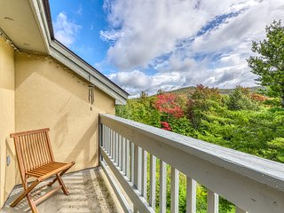 Wonderful mountain condo w/ shared pool, hot tub, sauna, and more!