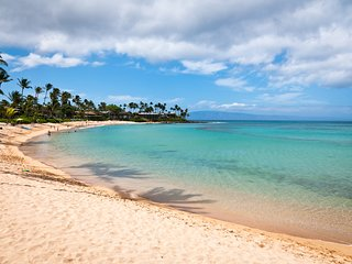 Tropical Poolside Condo on Napili Bay Beach with Free High Speed Internet and AC