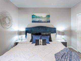 ♡Palacio Scottsdale Luxury 2 bedroom King~Close to TPC and Kierland with Parking